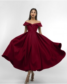 Off the shoulder maroon maxi prom dress