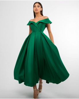 Off the shoulder emerald green maxi prom dress
