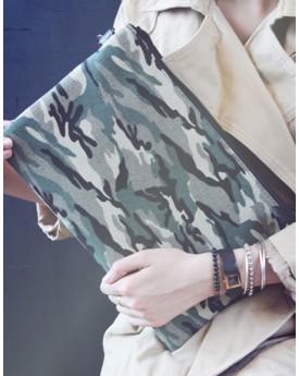 Camouflage Zip Top Clutch Bag